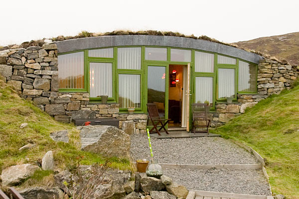 Hebridean Earth House Luxury Self Catering Underground House In Askernish On South Uist
