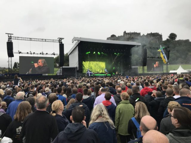 Runrig: The Last Dance at Stirling Castle – Hebrides Writer