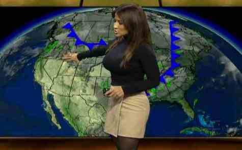 Top 25 Sexiest News Reporters 13