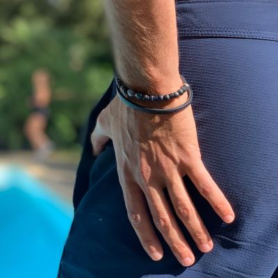 bracelet pour homme urubu porté