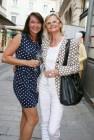 Shopping Center Nord Lady Sylvia Baumhackl und Journalistin Hedi Grager (Foto Christina Dow)