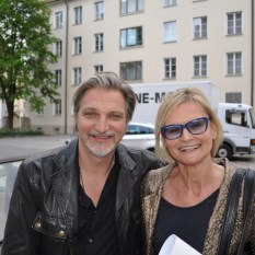 Stefan Jürgens mit Hedi Grager im Grazer Burghof (Foto Reinhard Sudy)