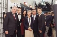 LH Hermann Schützenhöfer, Gerald und Judith Schwarz mit Doris und Günther Huber sowie Bgm. Siegfried Nagl (Foto Joel Kernasenko)