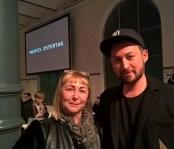 Designer Marcel Ostertag und seine Mama (Foto Hedi Grager)