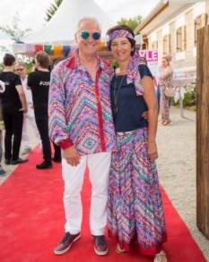 Bürgermeister Helmut Luttenberger mit Gattin - STYLE UP YOUR LIFE! Sommerfest OBEGG 26. (Foto STYLE UP YOUR LIFE/Moni Fellner)