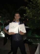 Auch Schauspieler Jo Weil freute sich über das VINOBLE Cosmetics Geschenk auf der Remus Lifestyle Night