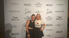 Designerin Marina Hoermanseder mit Victoria Swarovski - Mercedes Benz Fashion Week Berlin (Foto Hedi Grager)