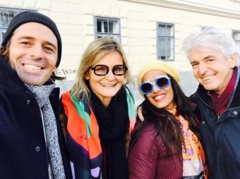 Tennis Coach und Model Thomas Grassberger, Journalistin und Bloggerin Hedi Grager, Designerin Chris Barreto und Journalist Reinhard Sudy (Selfie)
