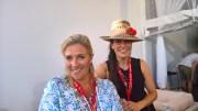 Beachtvolleyball WM 2017 in Wien. Designerin Theresa Schöffel und Elke Rock mit ihren TAZI Hats (Foto Hedi Grager)