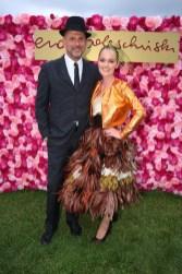 Vienna Ascot: Eva Poleschinski mit Ehemann Oliver (Foto Moni Fellner)