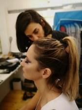 Mathias Kniepeiss Stunt & Photography Masterclass-Workshop - Petra van Stojka wird von Maggie Mac geschminkt (Foto Hedi Grager)