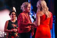 """Fachärztin für Kinderheilkunde und Leiterin des Kinderhospiz MOMO Dr.in Martina Kronberger-Vollnhofer wurde mit dem Award """"Woman of the Year"""" ausgezeichnet (Foto Philipp Lipiarski)"""