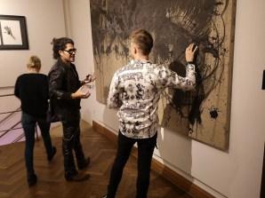 Ausstellung in der Rudolf Budja Galerie Salzburg - Künstlergespräch zwischen Enrique Fuentes und Alessandro Painsi (Foto Hedi Grager