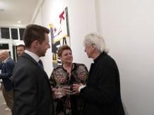 Ausstellung des Künstlers Alessandro Painsi in Los Angeles. Lukas und Sonja Wilfling, Appletinies, im Gespräch mit Autor Reinhard Sudy (Photo Reinhard Sudy)
