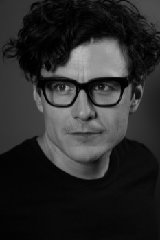 Schauspieler Manuel Rubey by Manfred Baumenn.