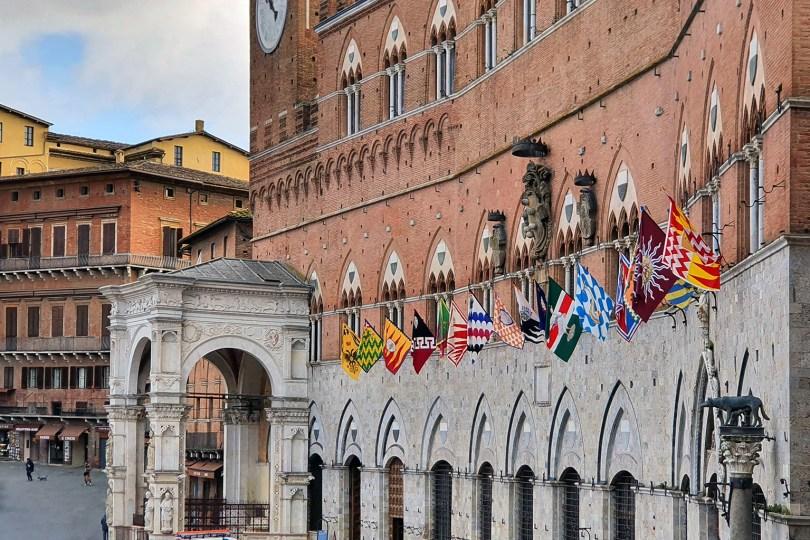 Sienne - Italie : Palazzo Pubblico