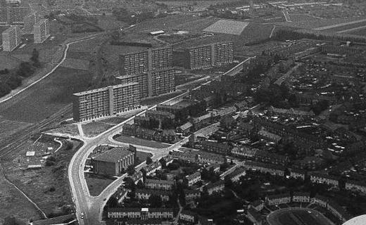 Bron: Rijckheyt.nl | Luchtfoto van de Molenberg (4-7-1967) | Fotograaf Bos