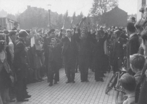 Bron: Rijckhet.nl | Bij de bevrijding van Heerlen op 17 september door de Amerikanen werden 'foute Nederlanders' meteen in de kraag gegrepen en in de schuilkelder van het raadhuis tijdelijk in bewaring gesteld.