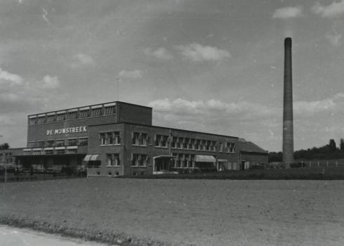 Bron: Rijckheyt.nl | Eurenderweg. Melkfabriek De Mijnstreek.