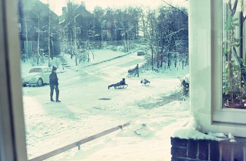 Bron: Collectie Ton Hotterbeekx | Spelen in de sneeuw