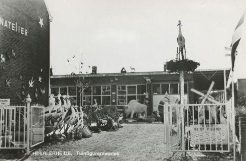Bron: Rijckheyt.nl |  Droomkasteel Fantastico. Tuinfigurenfabriek.