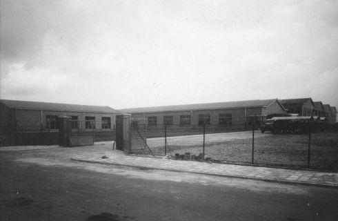 Bron: Rijckheyt.nl | Jan Campertstraat. Philips gloeilampenfabriek. Dit fabriekscomplex werd in februari 1952 in gebruik genomen.
