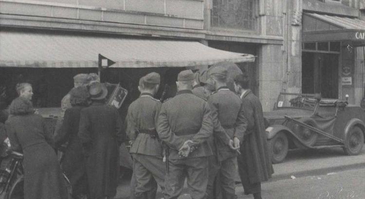 Bron: Rijckheyt.nl | Emmaplein. Duitse militairen tijdens de inval op 10 mei 1940.