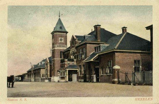 Stationsgebouwen Heerlen 1913