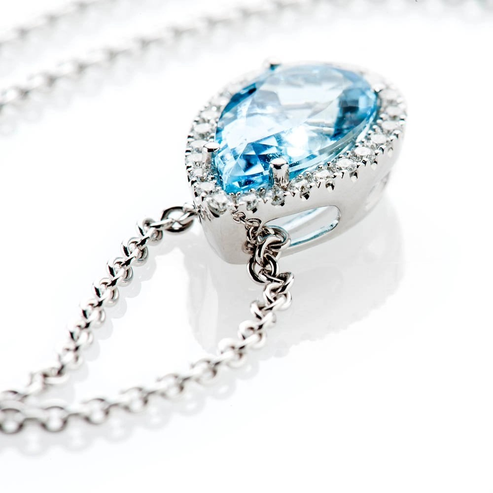 Heidi Kjeldsen Breath Taking Stunning Aquamarine And Diamond 18ct White Gold Pendant - P1089+W18TR183.8-3