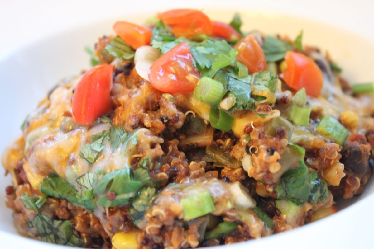 Healthy Crockpot Enchilada Quinoa