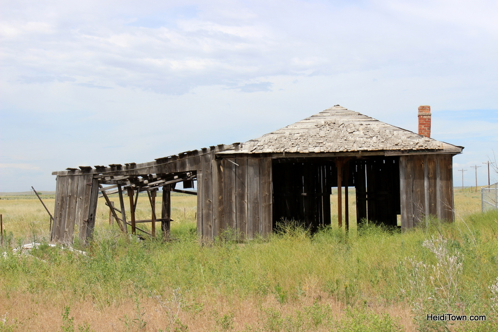 Building in the ghost town of Dearfield, Colorado. HeidiTown.com