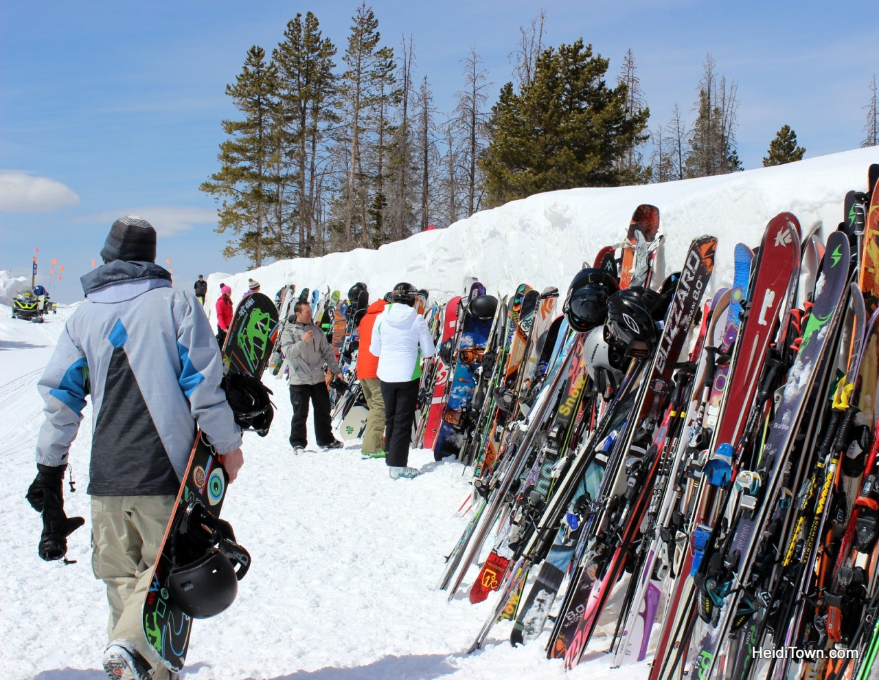 Skis lined up outside the Mountain Top Picnic at the Taste of Vail. Top 5 reasons to attend the Taste of Vail. HeidiTown.com