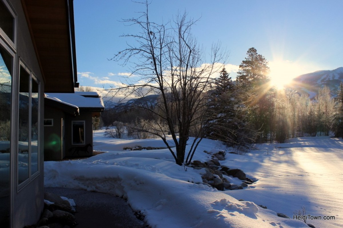 Enjoy Moose Neighbors with a Moving Mountains Vacation Home. Sunrise at Angler's Cabin. HeidiTown.com