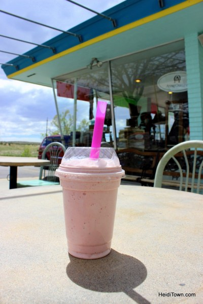 Rangely, Colorado's friendliest town. a milkshake in dinosaur. HeidiTown.com