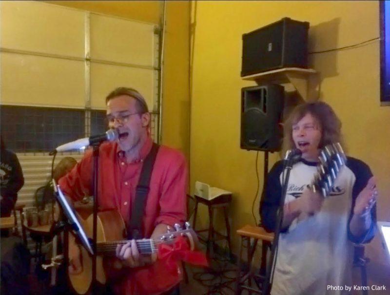 Rockin' Christmas Sing Along at Big Beaver, Photo by Karen Clark, HeidiTown.com