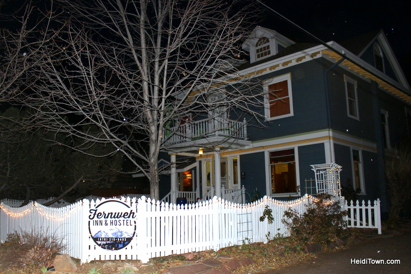 Fort Collins for Christmas, the Fernweh Inn & Hostel in the snow