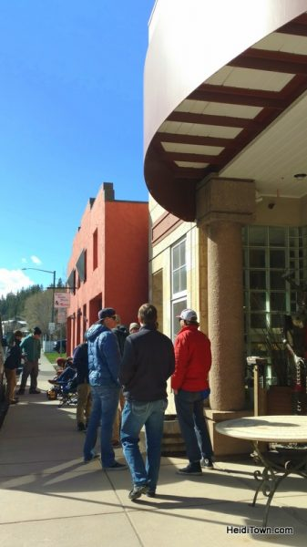 How we ended up in Minturn, Colorado & Why You Might Want to Go. HeidiTown (3)
