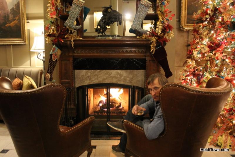 Art & Luxury in Denver Her Paris & The Oxford Hotel. Bourbon Hour. HeidiTown.com