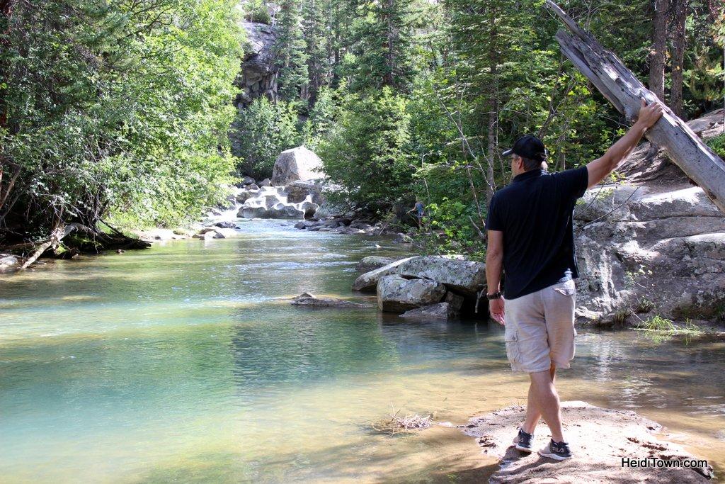 Short Colorado Hike, Big Rewards The Grottos Trail. HeidiTown (8)