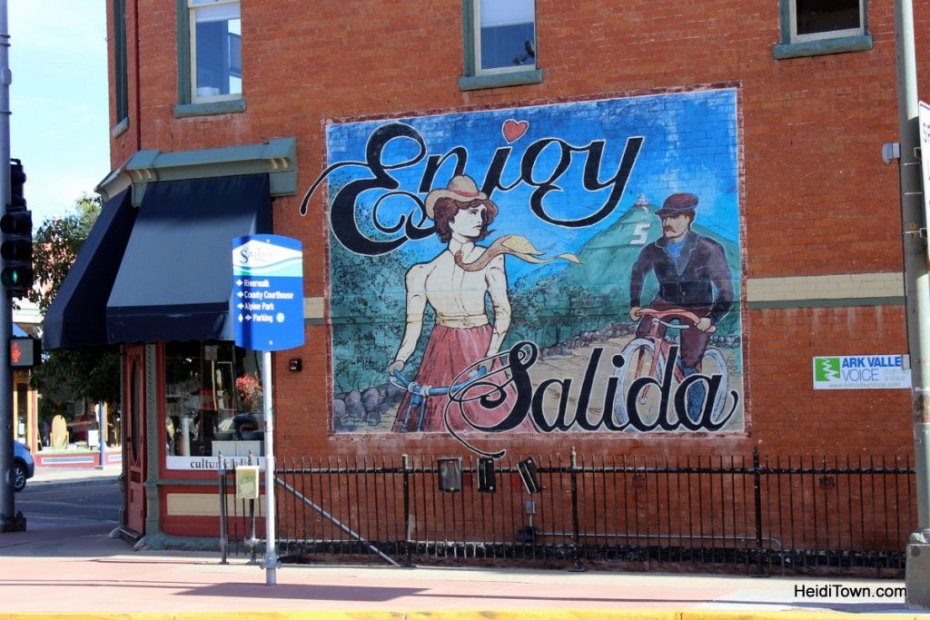 Shopping in Salida, Colorado Ballcaps, Bobbles & Bees. HeidiTown (13)