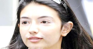 Asifa Bhutto Zardari posted tweet stepped in politics became head of PPP official team 4