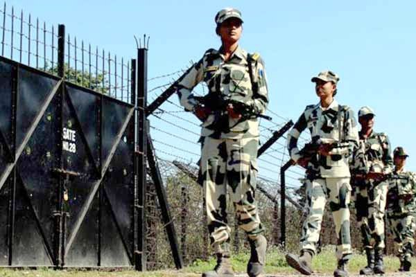 Indian army young women soldiers monitoring borders female troops deployed along the border.