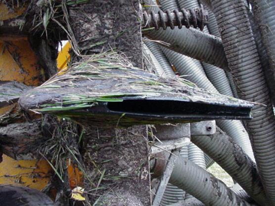 De onderkant van de injector met de spuitopening waar de vloeibare mest uitkomt