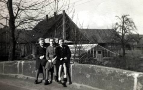 Dom08 126 1942CrassmannBreukschDieckmannKäthe Brösche Irmtraut Köster Dorothea Richter 1948