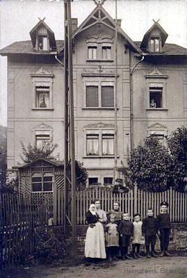 Bergstraße 1 auf historischen Fotos