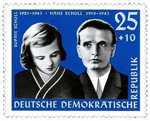 DDR-Briefmarke mit den Geschwistern Scholl