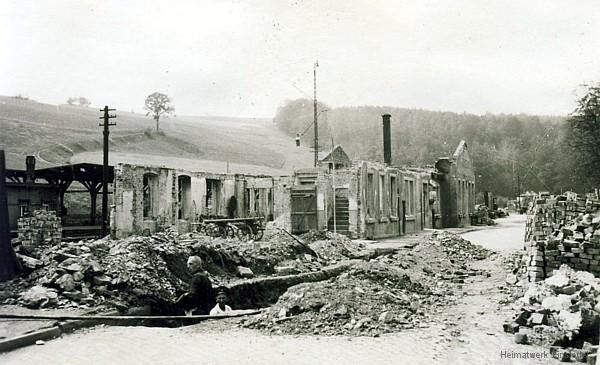 Ruine Bahnhof Einsiedel Mai 1945