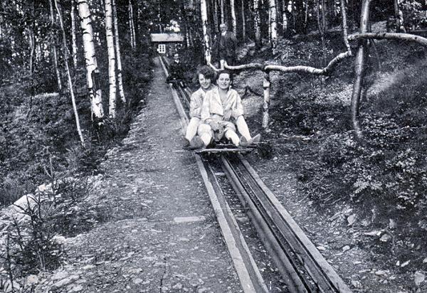 Schlittenaufzug der Sommerrodelbahn Einsiedel