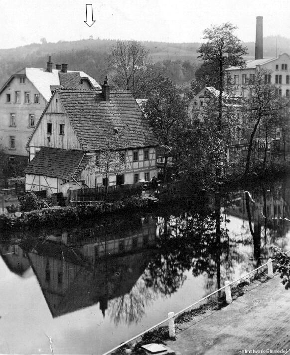 Totengräberhäusl Fabrik und Riesenpilz auf der Körnerhöhe
