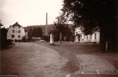 Alte Straßenführung am Kaiserhof Einsiedel